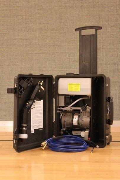 ESS-SC-ET-110V – Suitcase Sprayer with 1.25 Gallon Tank